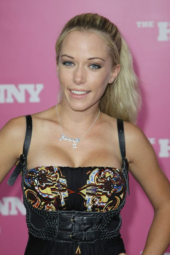 kendra wilkinson dating black man