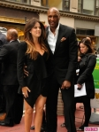 Khloe-Kardashian-and-Lamar-Odom-Attend-the-E-Upfronts-2-435x580