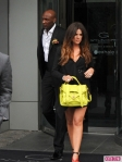 Khloe-Kardashian-and-Lamar-Odom-Attend-the-E-Upfronts-7-435x580