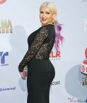 christina-aguilera-huge-ass-lead-400x470